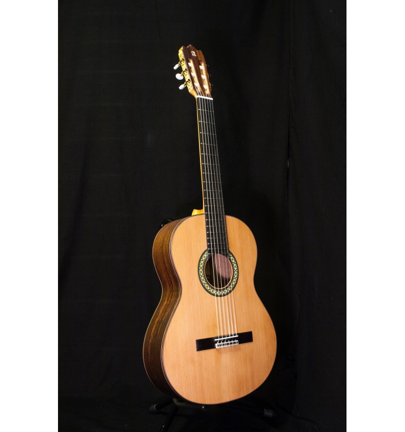 Guitarra Alhambra 4OP